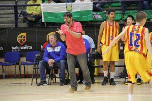 スペインからコーチをお招きした特別クリニック開催